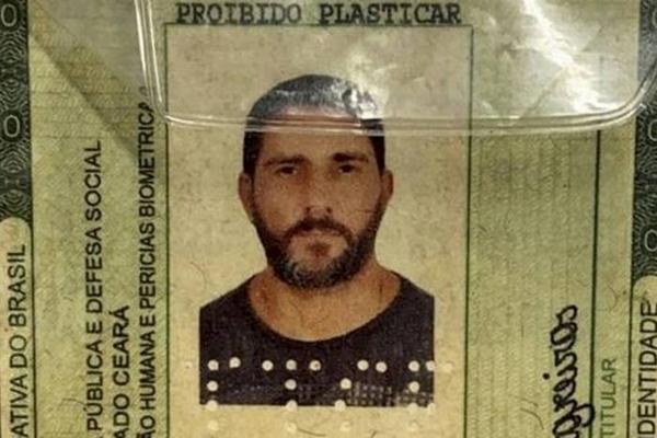 Identidade falsa usada pelo ex-capitão Adriano apreendida na Bahia - reprodução